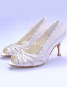 Custom Wedding Dress, Fall Wedding Dresses, Colored Wedding Dresses, Wedding Shoes, Slip On Pumps, Peep Toe Pumps, Bridal Sandals, Family Posing, Party Shoes