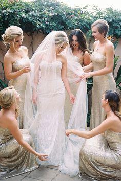 Bridesmaids dazzle i
