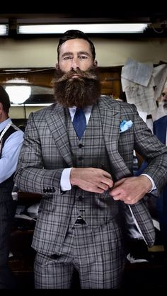 Checkered Suit + Pocket Square + The Best Beard  Finally, someone with a beard like mine!