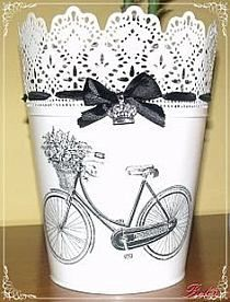 Mi Pequeño Rincón: maceteros ikea/ purchased a set of 3 sizes last visit to… Tin Can Crafts, Diy And Crafts, Arts And Crafts, Craft Projects, Projects To Try, Recycle Cans, Repurpose, Shabby Chic Decor, Painting On Wood