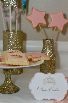 Princess Birthday Party Star Cookie Wands (and glitter coated serving containers) Sparkle Party, Glitter Party, Glitter Vases, Gold Glitter, First Birthday Parties, First Birthdays, Birthday Ideas, 3rd Birthday, Princess Birthday