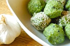 These are great dinner party nibble especially serve with some homemade yogurt or hummus dips. They are full of flavor and you can eat loads of them because they are so good for you. Nibbles For Party, Homemade Yogurt, Quick Snacks, Fitness Nutrition, Healthy Treats, Clean Eating Recipes, Grain Free, Broccoli, Whole Food Recipes