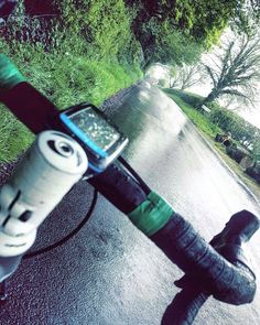 Wet wet wet  #cycling #cycle #bike #oakley #glasses #coventry #england #uk #irish #bioracer #trek #giro #sun #summer #training #diadora #healthy  #green #chambers #chambersbuses #road #countryside #cyclist #picoftheday #followme #like4like #sockdoping #selfie #instacycling by scg_design