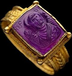 Carved amethyst ring, ca.1100.