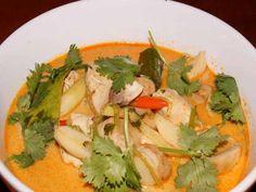 Tom Ka Gai, die thailändische Kokossuppe