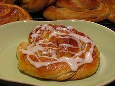 Cathrines matblogg: Deilige kanelsnurr - fra enkel og skikkelig god gjærdeig!