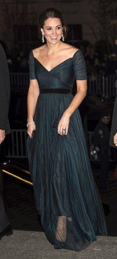 ¡Puesta de largo! Las 'royals' lucen sus mejores vestidos