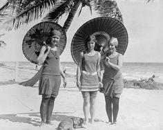 Beauty and the Beach | 1918 by RetroGrafix, via Flickr