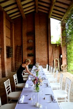 #weddingdestinationinitaly#romantichouse#italiancoubntryside#locationmatrimonibologna#fienile#www.cabiancadellabbadessa.it#