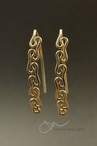 sinuous-earrings-2-lowreslogo-jpg
