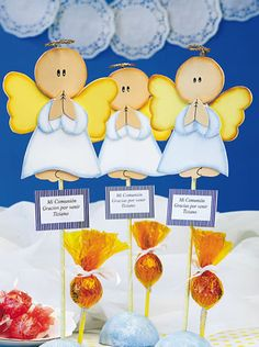 Angelitos - Goma Eva World Crafts, Ideas Para Fiestas, How To Make Bows, Tweety, Presents, Baby Shower, Party, Communion Favors, Angels