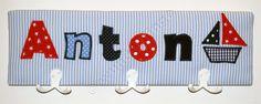 Kindergarderobe für Anton, 50 cm breit und 15 cm hoch.  #Garderobe #Kindergarderobe #Geschenk #Kinderzimmerdeko #persönlich