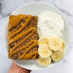 Banana Bread Baked Oatmeal Dairy Free Recipes, Baking Recipes, Whole Food Recipes, Delicious Breakfast Recipes, Yummy Food, Yummy Recipes, Healthy Recipes, Dairy Free Yogurt, What's For Breakfast