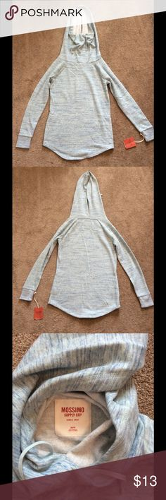 NWT Mossimo Mint Hooded Sweatshirt NWT Mossimo Mint Hooded Sweatshirt with ability to cover neck & face, Size XS will fit a small, Great for runners Mossimo Supply Co Tops Sweatshirts & Hoodies