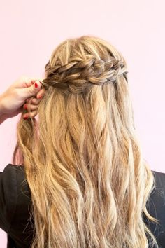 just did something similar with curls on the bottom for a bride
