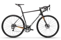 New bike day! Cervélo went gravel with their brand new C series. This is the C5, their flagship. Just under EUR 10.000... | Racefietsblog.nl