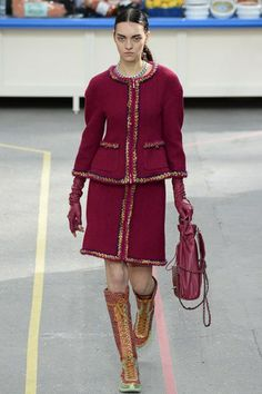 Chanel Fall 2014 (via Style Snooper Dan)