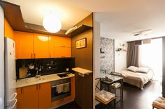 ремонт в маленькой студии Sweet Home, Kitchen Cabinets, Interior Design, House, Home Decor, Houses, Nest Design, Decoration Home, House Beautiful
