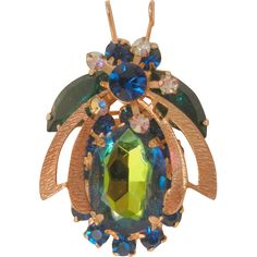 Gorgeous Juliana Watermelon Green Blue Belly Bee bug Book Piece Brooch is in excellent condition. Minor to no scratches and no metal…
