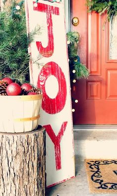 The Best DIY and Decor: Front Porch Christmas Decor
