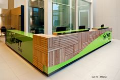 health club locker room design | ... Wooden Furniture, Spa and Health Club Design and Employee Locker Rooms