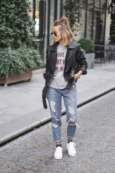 Find out where to get the jeans Outfit Jeans, Biker Jacket Outfit, Leather Jacket Outfits, Leather Jackets, Moto Jacket, Jeans Boyfriend, Tomboy Fashion, Fashion Outfits, Jean Outfits