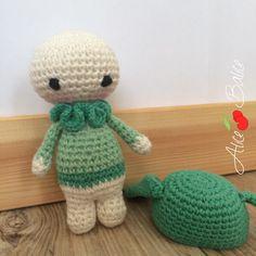 Crochet Amigurumi, Amigurumi Patterns, Crochet Patterns, Kokeshi Dolls, Tweety, Hello Kitty, Dinosaur Stuffed Animal, Lily, Animals
