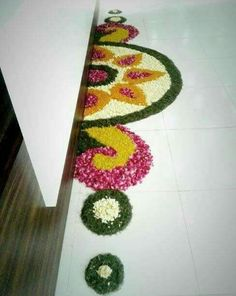 Get the best rangoli design for this season. Try these rangoli designs, make them to decorate your home during festivals and other special occasions. Rangoli Designs Flower, Rangoli Border Designs, Rangoli Patterns, Colorful Rangoli Designs, Rangoli Ideas, Rangoli Designs Diwali, Rangoli Designs Images, Diwali Rangoli, Flower Rangoli