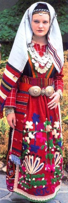 Portrait of a young woman wearing traditional clothes, Simeonovgrad, BULGARIA We Are The World, People Of The World, Traditional Fashion, Traditional Dresses, Folklore, Costumes Around The World, Ethnic Dress, Folk Costume, World Cultures