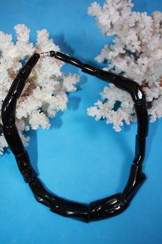 @BlackCoral4you Black Coral / Coral Negro  http://blackcoral4you.wordpress.com/