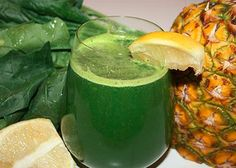 Lean Green Pineapple Juice INGREDIENTS: 1 large bunch of spinach 1/4 pineapple 1 lemon