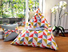 Tuto: make a pouf!- Tuto: make a pouf! Source by - Rattan Pouf, Pouf Ottoman, Diy Pouf, Living Room Pouf, Diy Cushion, Sewing Pillows, Couture Sewing, How To Make Pillows, Diy Clothes