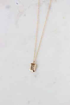 Dainty Jewelry, Cute Jewelry, Gold Jewelry, Jewelery, Jewelry Necklaces, Gold Necklace, Gold Filled Jewelry, Ear Chain, Minimalist Necklace