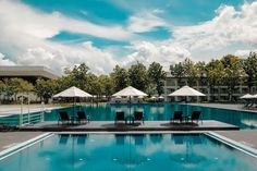 All Hotel Resort. Hotel Secrets The Big Chains Don't Want You To Know. Besides choosing a destination, you must also locate a place to stay as well as making your travel arrangements. Solar Pool Cover, Bali, Madrid, Portugal, Pool Umbrellas, Khao Lak, Beste Hotels, Best Hotel Deals, Nyc