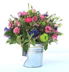 bouquet con flor variada www.eaquilea.com