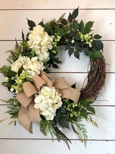 Hydrangea wreath, Spring wreath, summer wreath, front door wreath, farmhouse wreath, farmhouse door wreath, greenery wreath, Door wreath