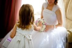 Frugal Flower Girl Accessories | Stretcher.com - Yes, even the flower girls looked great at this frugal wedding.
