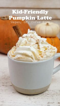 Pumpkin Spiced Latte Recipe, Pumpkin Spice Latte, Pumpkin Recipes, Non Alcoholic Drinks, Tea Drinks, Cold Drinks, Beverages, Cocktails, Thanksgiving Recipes