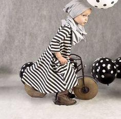 Als mama wil je natuurlijk dat je kinderen er mooi, stoer en hip uitzien. Dat kan!! De collectie van Little Happinez is stuk voor stuk uniek, gekozen en samengesteld uit de leukste stofjes en dus zeker een musthave voor jouw grote schat. Ook mooie handgemaakte babykleertjes krijgen de aandacht. Zo kom je altijd uniek voor de dag!
