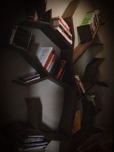 Kitchen bookshelf on pinterest vintage bookshelf for Colores para interiores de casa modernos