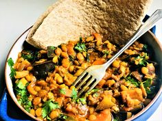 Chapati, Dahl, Veggie Dishes, Vegetarian Recipes, Curry, Food And Drink, Veggies, India, Ethnic Recipes