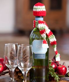 Dressed-to-Party Bottle Accessories Christmas Free Crochet pattern