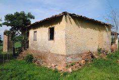 ruínas de casas de colonos em sítios e fazendas
