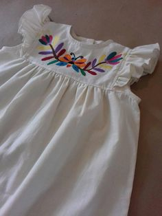 Dress for girls with Otomi embroidery by Tenango. Frocks For Girls, Kids Frocks, Cute Girl Dresses, Little Girl Dresses, Little Kid Fashion, Kids Fashion, Cute Outfits For Kids, Cute Girls, Baby Dress Patterns