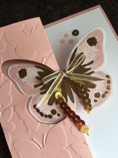 Открытка своими руками с бабочками внутри
