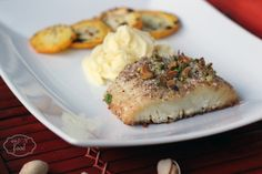 Baked cod with almonds and pistachios - Cod la cuptor, cu migdale si fistic Pistachios, Almonds, Baked Cod, Camembert Cheese, Mashed Potatoes, Main Dishes, Baking, Ethnic Recipes, Food