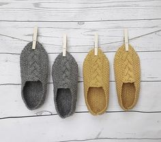 Ravelry: Cable slippers pattern by Gurimalla Design Felted Slippers Pattern, Soft Slippers, Knitted Slippers, Aran Knitting Patterns, Easy Crochet Patterns, Knitting Socks, Baby Knitting, Knitting Basics, Knitted Flowers