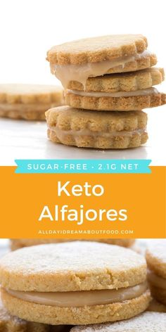 Can low carb and sugar free alfajores be a real thing. Oh yes I have done it and I am so delighted by these delicious keto caramel sandwich cookies. Low Carb Desserts, Low Carb Recipes, Dessert Recipes, Cooking Recipes, Sugar Free Recipes, Sweet Recipes, Keto Galletas, Cena Keto, Comida Keto
