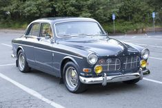Bid for the chance to own a No Reserve: 1966 Volvo at auction with Bring a Trailer, the home of the best vintage and classic cars online. Vintage Racing, Vintage Cars, Jaguar, Volvo Amazon, Street Performance, Volvo Cars, New Tank, Civil War Photos, Scouts