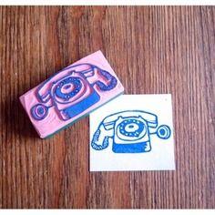 Tampon artisanal gravé à la main téléphone vintage http://www.alittlemarket.com/boutique/le_bal_des_sylphes-139111.html